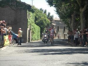 フランス初レースで勝利を挙げた石上選手